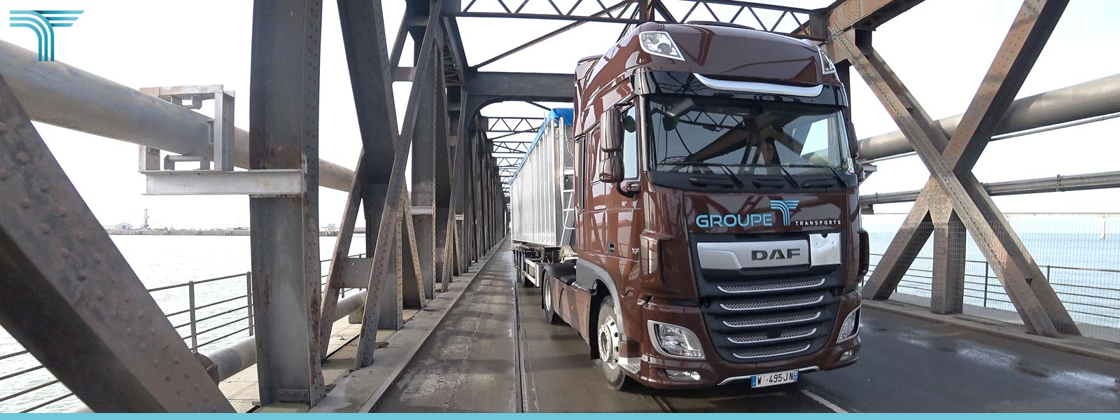 Acquisition de 12 véhicules DAF XF Super Space Cab 530 ch